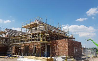 Hout-Blerick: vrijstaande woningen hebben een dak